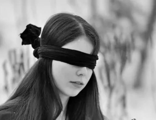 Menolak di tuntun orang buta ?